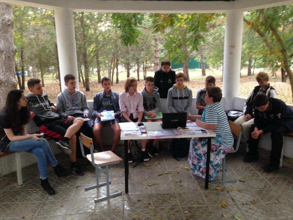 Нелли Козырева преподает в Анапе